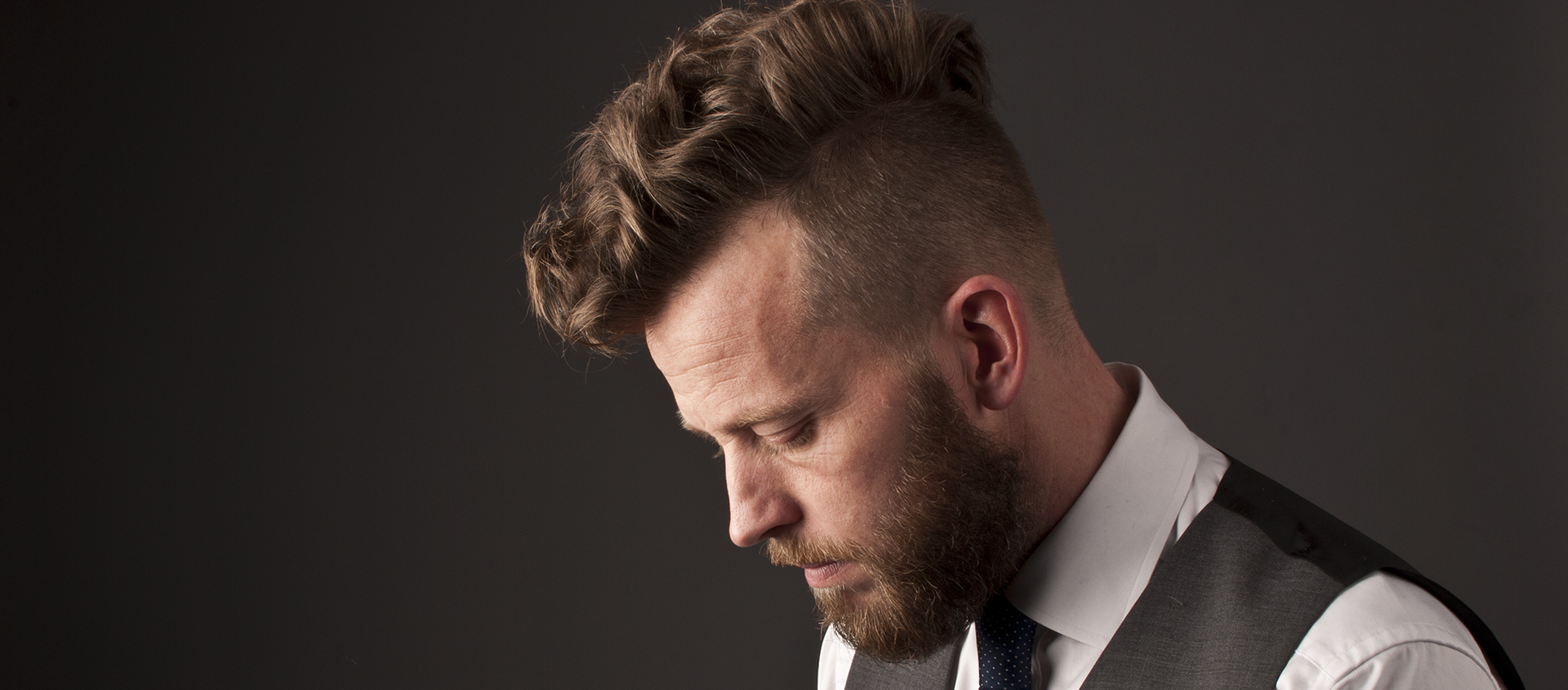 Gentleman&#8217;s <br>Hair styling